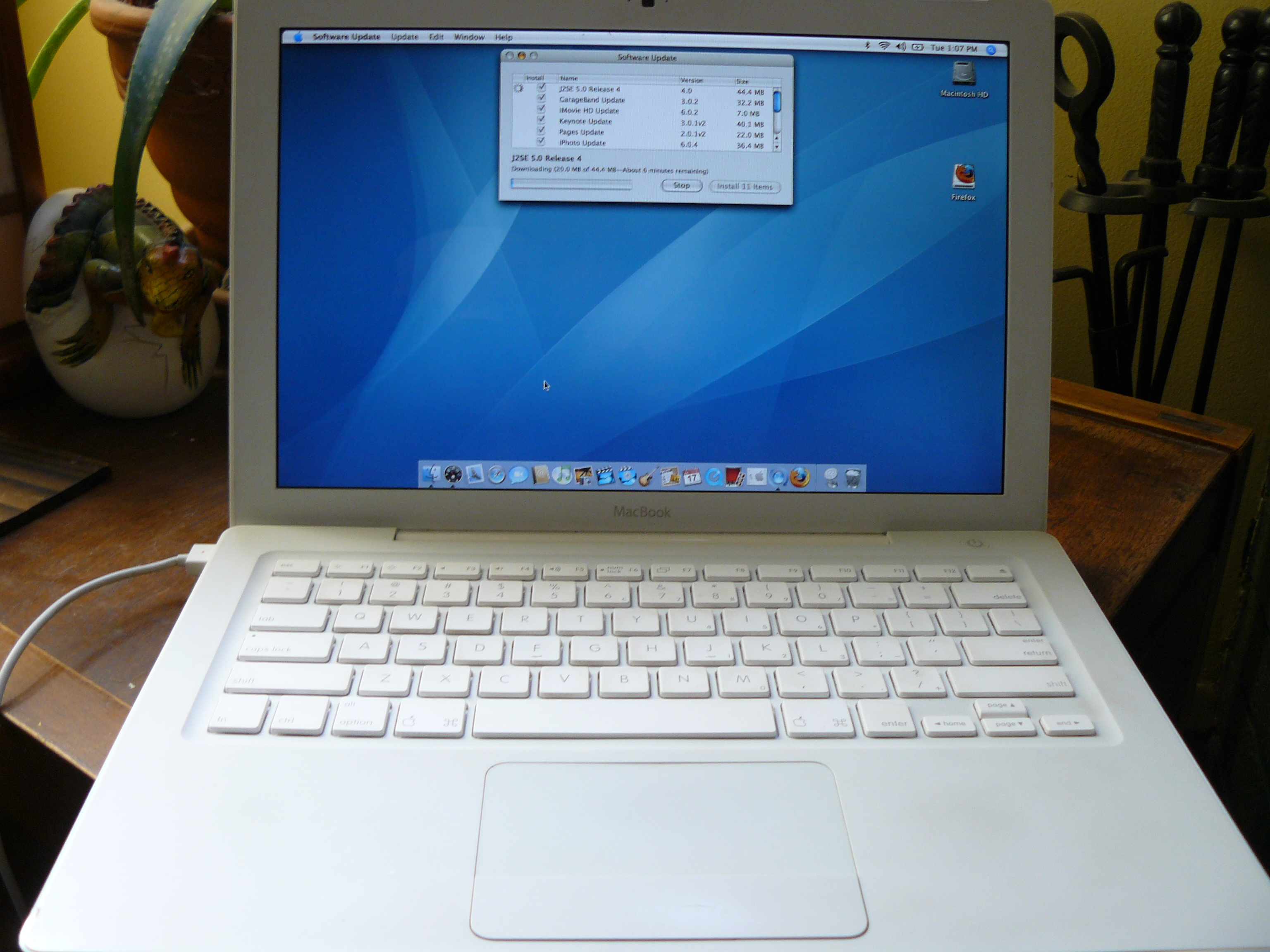 How To Turn Your Laptop Into A PC: Easy Steps